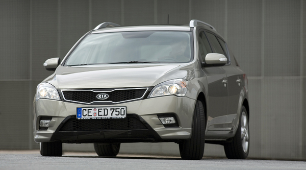 Francfort 2009 : Kia Ceed restylée officielle