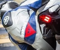 Dainese & Yamaha, partenaires à l'occasion de la présentation de la nouvelle R1