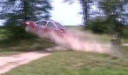 [Vidéo] Une Ford Escort volante