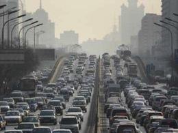 Pollution à Pékin : pour les autorités chinoises, rien de « dangereux » mais un air « légèrement pollué »
