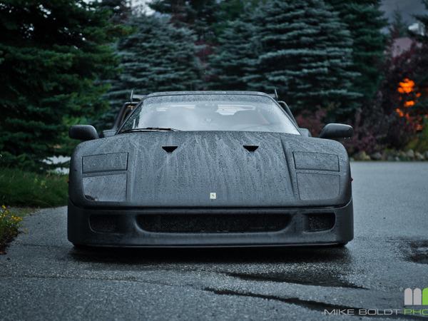 Ferrari F40 finition carbone : c'est faux mais c'est quand même joli