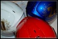 24h du Mans 2009 - RC30 : Les casques des trois pilotes...