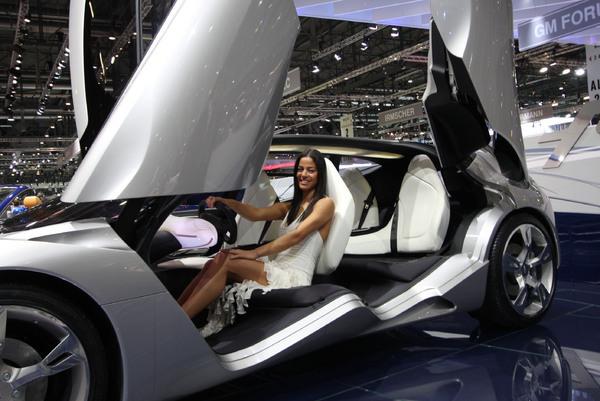 Genève 2008 en Live : Pininfarina Sintesi, le vrai concept car !