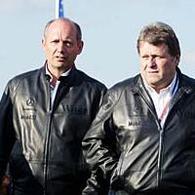 Fomule 1 - McLaren: Mercedes soutient Ron Dennis