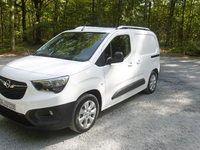 Essai - Opel Combo Cargo: cousin germain des Citroën Berlingo et Peugeot Partner