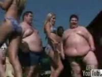 La vidéo du jour : car fat wash