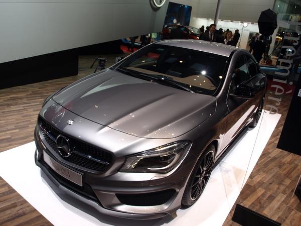 Vidéo en direct du Salon de Genève 2013 - Mercedes CLA : première étape