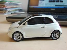La souris Fiat 500 : informatique et automobile réconciliés