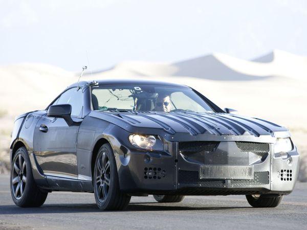 Des spyshots officiels pour la prochaine Mercedes SLK