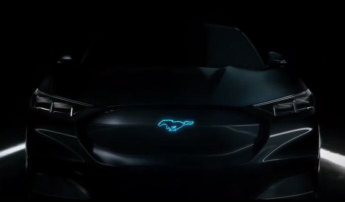 La Ford Mustang hybride s'annonce