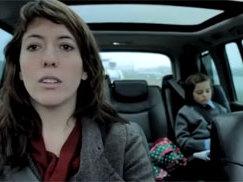 [Vidéo] Une bonne raison pour arrêter de faire des enfants. Et pour ne pas les transporter en Renault Espace