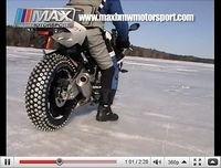 Une S 1000RR sur la glace... faut être givré !! [vidéo]