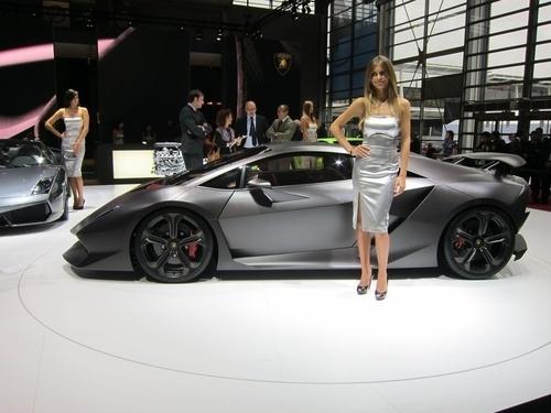 Remplaçante de la Lamborghini Murcielago : elle s'appelera LP700-4