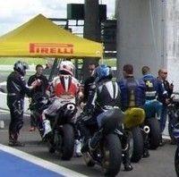 En piste: les Pirelli Days millésime 2010.