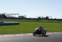 Roulage piste non-stop au Vigeant avec Pirelli : l'Open Track Day !