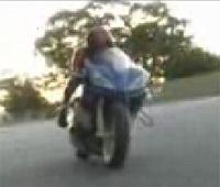 Vidéo moto : R1