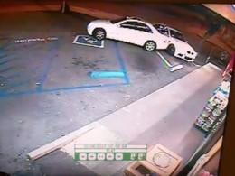 [Vidéo] Une conductrice bourrée percute ma BMW M3 flambant neuve avec sa Mercedes puis tente de m'écraser, VDM