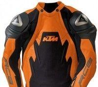 Combinaison KTM: aussi dispo en version limitée RC8...