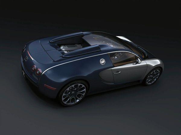 Bugatti à Pebble Beach: une Grand Sport Sang Bleu unique