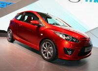 Salon de Genève: la Mazda 2 3 portes en direct