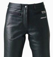 Segura Jess et Jessie: un pantalon pour l'homme et la femme.