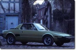 Fiat X1/9 (1972-1988) : l'enjôleuse