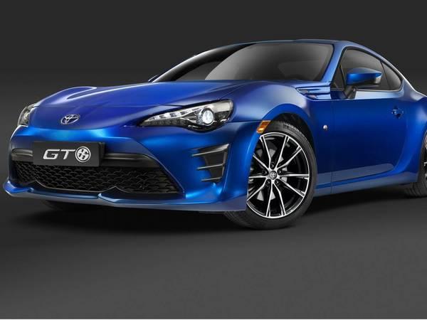 Salon de New York 2016 : Toyota affûte le coupé GT86