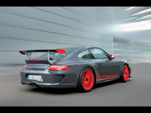 [Vidéo] la nouvelle Porsche 911 GT3 RS dans son milieu préféré