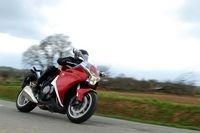 Essai - Honda VFR 1200FA 2010 : Retour gagnant !?