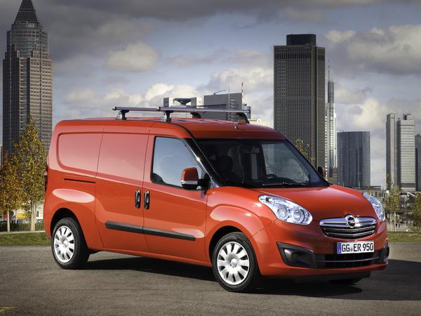 Opel dévoile son nouveau Combo Cargo au salon Suisse de l'utilitaire