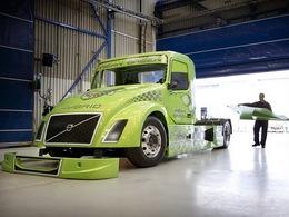 Un camion hybride tentera de battre le record du monde de vitesse du kilomètre départ arrêté