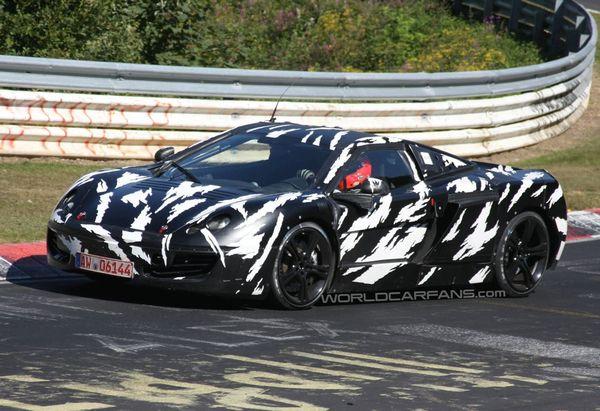 Spyshot : la future Mclaren P11 prend le chemin du Nürburgring