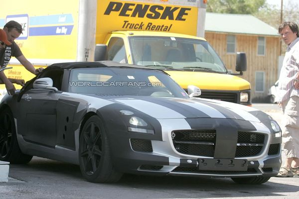 Spyshot : la future Mercedes SLS AMG cabriolet surprise en test
