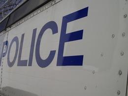 En Angleterre, les policiers prennent le bus