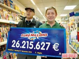 Après avoir gagné à l'Euromillion, il est arrêté dans sa Ferrari pour conduite en état d'ivresse à cinq reprises