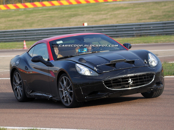 Surprise : une étrange Ferrari California