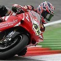 Superbike: Monza D.2: Haga en veut, Laconi met le feu