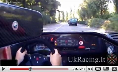 Peut-on  véritablement rouler en Radical SR8 LM en ville ? [Vidéo]