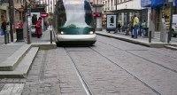 Shell Bitumes : les travaux de pavage ou de tramway peuvent bénéficier de son mastic pour le jointoiement respectueux de l'environnement