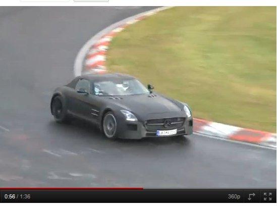 [vidéo] Surprise : la Mercedes SLS AMG Black Series se dégourdit sur le Ring