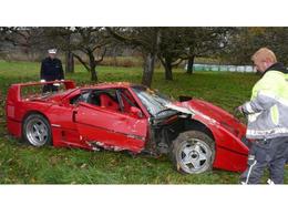 Crash : un allemand de 80 ans détruit sa Ferrari F40