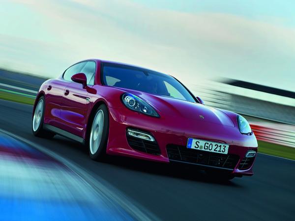 Los Angeles 2011 : nouvelle Porsche Panamera GTS, 430 ch et 4 roues motrices