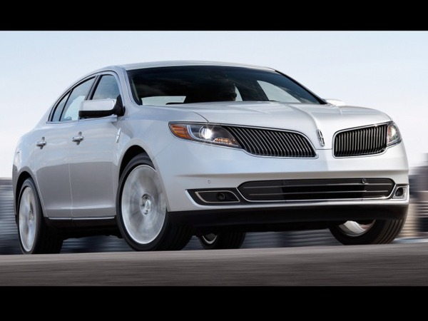 Los Angeles 2011 : restyling Lincoln MKS