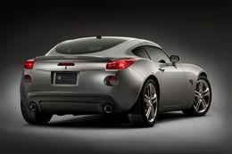 New York 2008 : Pontiac Solstice Coupe (le souffle)