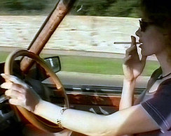 Cigarette au volant : il écope d'une amende de 22 €