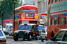 Londres : dès octobre 2008, les voitures trop polluantes devront payer une taxe de 25 livres par jour