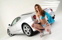 Rikki-Lee et la Ferrari 360 Modena