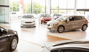 """En Allemagne, 15milliards d'euros de voitures neuves """"dorment"""" dans les concessions"""