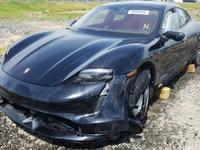 Une Porsche Taycan détruite avec seulement 24 kilomètres au compteur