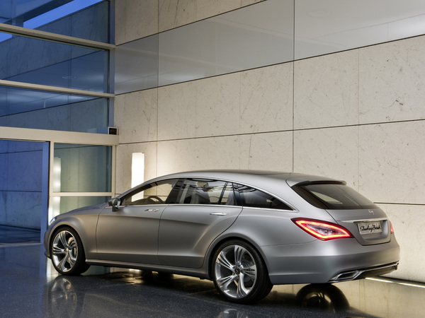 Officiel - Une mercedes CLS Shooting Brake en 2012!